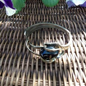 sterling silver black agate stone hinged bangle